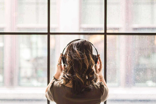 Best Headsets for RSI Interpreters